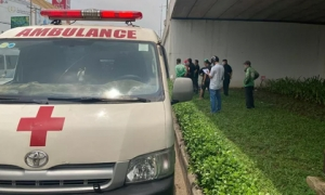 Biên Hòa: Bàng hoàng phát hiện thi thể đàn ông trên manh chiếu dưới gầm cầu vượt