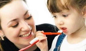 Hiểm họa khôn lường từ việc đánh răng quá kỹ