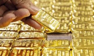 """Giá vàng hôm nay 10-10: Tăng dữ dội, nhà đầu tư tăng lượng vàng """"lưu kho"""""""