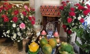 Sáng mùng 1 đặt 4 loại hoa này lên bàn thờ để hút tài lộc, cả tháng làm gì cũng thắng