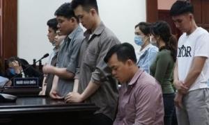 Bị teo cơ chân đi không vững, Phúc XO được giảm 2 năm tù