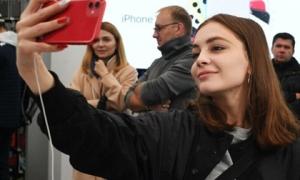 iPhone bán tại Việt Nam thuộc top đắt nhất, mua ở đâu mới có giá rẻ?