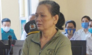Người phụ nữ bạo hành mẹ già ở Long An gây phẫn nộ dư luận lãnh án 4 năm tù