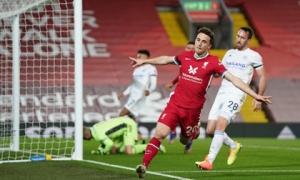Mưa bàn thắng đánh đầu, Liverpool trở lại ngôi nhì Ngoại hạng Anh