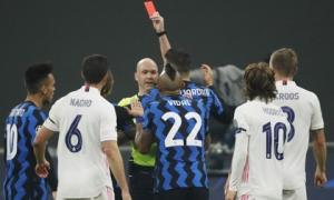 Thẻ đỏ tai hại, Inter Milan trắng tay trước Real Madrid trên sân nhà