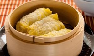 Hướng dẫn cách làm gà cuộn bắp cải siêu ngon cho cả gia đình