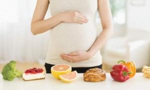 Mẹ bầu có 4 thói quen ăn uống này, cẩn thận kẻo hại thai nhi hối không kịp
