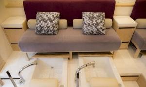 Ghế nail nhỏ gọn, thiết kế nào được ưa chuộng nhất hiện nay?