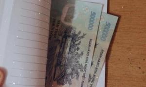 'Trước khi mất, mẹ vẫn để lại tiền cho mình sắm Tết' và câu chuyện khiến người ta xúc động