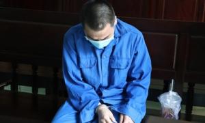 Thầy giáo dâm ô 4 nam sinh THCS khóc nức nở khi bị tuyên án 7 năm tù, bố mẹ nạn nhân bức xúc đòi kháng cáo