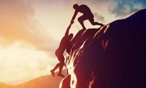 Dù lương thiện đến mất có 4 việc bạn phải cân nhắc kỹ trước khi giúp đỡ người khác kẻo tự hại mình