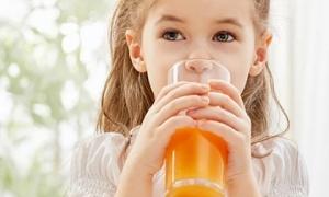 Cho trẻ uống 1 cốc nước cam vào đúng 'giờ vàng' này, trẻ cao lớn lại tăng thêm sức đề kháng