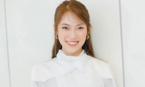 'Hot girl VTV nói 7 thứ tiếng' Khánh Vy: 1 tháng tiêu 60 triệu, 19 tuổi đã mua đất, xe hơi