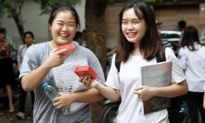 Học sinh cuối cấp của Hà Nội đã hoàn thành năm học 2020-2021