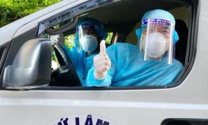 Trốn vợ con, 2 tài xế chạy xe cứu thương từ Nghệ An ra chi viện cho tâm dịch Bắc Giang
