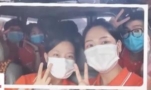 Cô gái tình nguyện lên tâm dịch Bắc Giang: Lá thư gửi bố mẹ và lời hồi đáp 'rơi nước mắt'