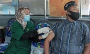 Indonesia ghi nhận gần 10.000 ca mắc COVID-19 một ngày: 'Vẫn chưa phải con số cao nhất'