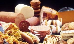 """4 thực phẩm không hề ngọt nhưng là """"khắc tinh"""" gây bệnh tiểu đường, nhất là loại thứ 3"""