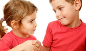 5 dấu hiệu cảnh báo trẻ chưa ngoan, bố mẹ nên uốn nắn cho con càng sớm càng tốt