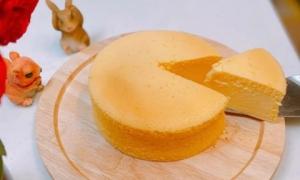 Cách làm bánh bông lan sữa chua ngọt thơm đúng chuẩn, ngon gấp bội mua đóng gói sẵn ở ngoài
