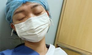 Nữ bác sĩ nhiễm COVID-19: Lần đầu làm công việc 'đau đớn nhất' và lời hứa về việc không bao giờ làm với F0