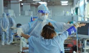 'Kỳ tích' của bà mẹ mang thai 30 tuần mắc Covid nguy kịch phải đặt nội khí quản