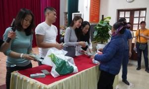 Việc cứu trợ của Thủy Tiên ở Nghệ An: Thiếu 102 triệu đồng so với xác nhận ban đầu, có người được 115 triệu