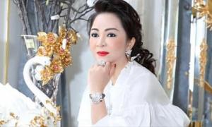 Bà Nguyễn Phương Hằng nói mình bị hành hung, luật sư phía ông Võ Hoàng Yên: 'Ai dám làm vậy!'