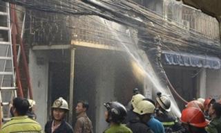 Cháy ba căn nhà sau nhiều tiếng nổ lớn