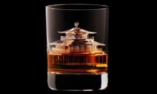 Người giàu có và nghệ thuật uống whiskey