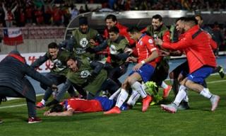 Chile vất vả loại 9 người Uruguay