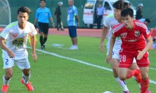 Công Vinh: 'Cầu thủ HAGL yếu, tranh chấp, chạy chỗ kém'