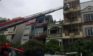 Cháy nhà 5 tầng tại khu giãn dân Mỗ Lao