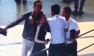 Nam hành khách đánh nữ nhân viên Vietnam Airlines