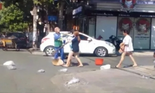 Vụ chị lao công bị đánh vì nhắc nhở xả rác: Xử phạt chủ shop 2,5 triệu đồng
