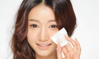 Cách chữa da bị bóng nhờn hiệu quả trong mùa hè