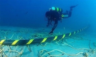 Hàn xong cáp quang biển AAG sau 20 ngày bị đứt