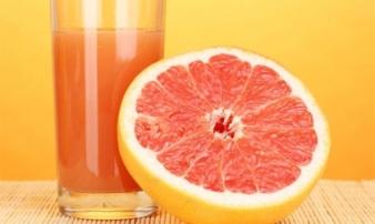 5 loại nước hoa quả không bao giờ uống cùng thuốc