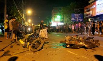 Vụ 13 xe đâm liên hoàn ở Sài Gòn: Người bị thương nằm kêu gào la liệt