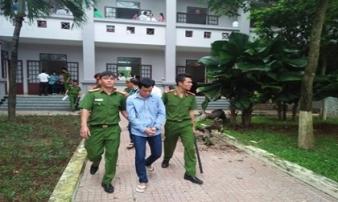 Người chủ mưu tiêm máu HIV vào cháo bé thoát tội nhờ giấy tâm thần