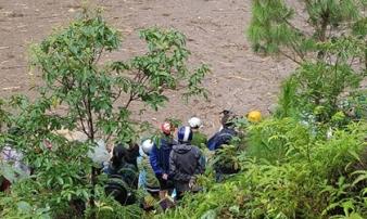 Thi thể bé gái trôi dạt trên hồ thủy điện sau trận lũ quét kinh hoàng tại Yên Bái