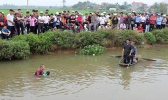 Bị truy sát, một thanh niên nhảy xuống sông chết đuối