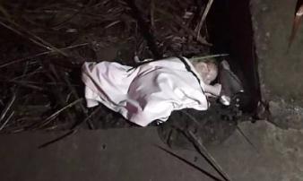 Bé sơ sinh bị ném vào bụi rậm và sự thật chết lặng về người mẹ mới 12 tuổi