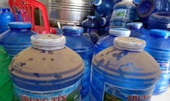 Hãi hùng sự thật về nước đóng chai, nếu biết bạn còn dám uống?