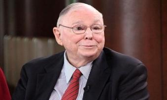 Cánh tay phải của Warren Buffett với 10 điều tâm niệm giúp bạn làm giàu