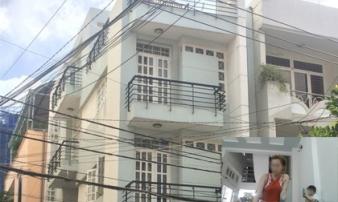 Lật tẩy thủ đoạn chủ nhà trọ dùng 'hợp đồng ma' lừa tiền đặt cọc của sinh viên ở Sài Gòn