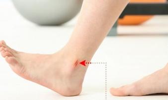 8 biểu hiện khác lạ ở chân là dấu hiệu cảnh báo có thể bạn đang gặp bệnh nghiêm trọng