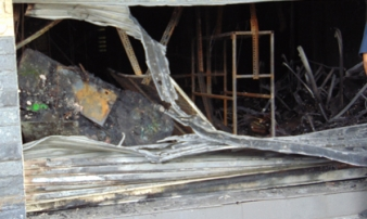 Cháy cửa hàng đồ chơi trẻ em, 3 người trong gia đình thoát chết