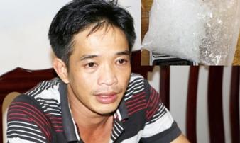 Kẻ buôn ma túy bị bắt khi đang 'tranh thủ' đưa bạn gái vào khách sạn