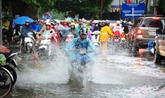 Áp thấp nhiệt đới sắp đổ bộ Quảng Ninh-Hải Phòng, Hà Nội mưa lớn từ chiều nay